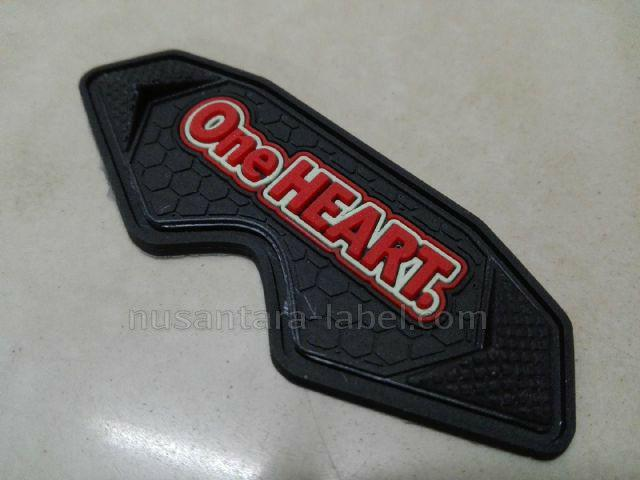 Label Karet One Heart